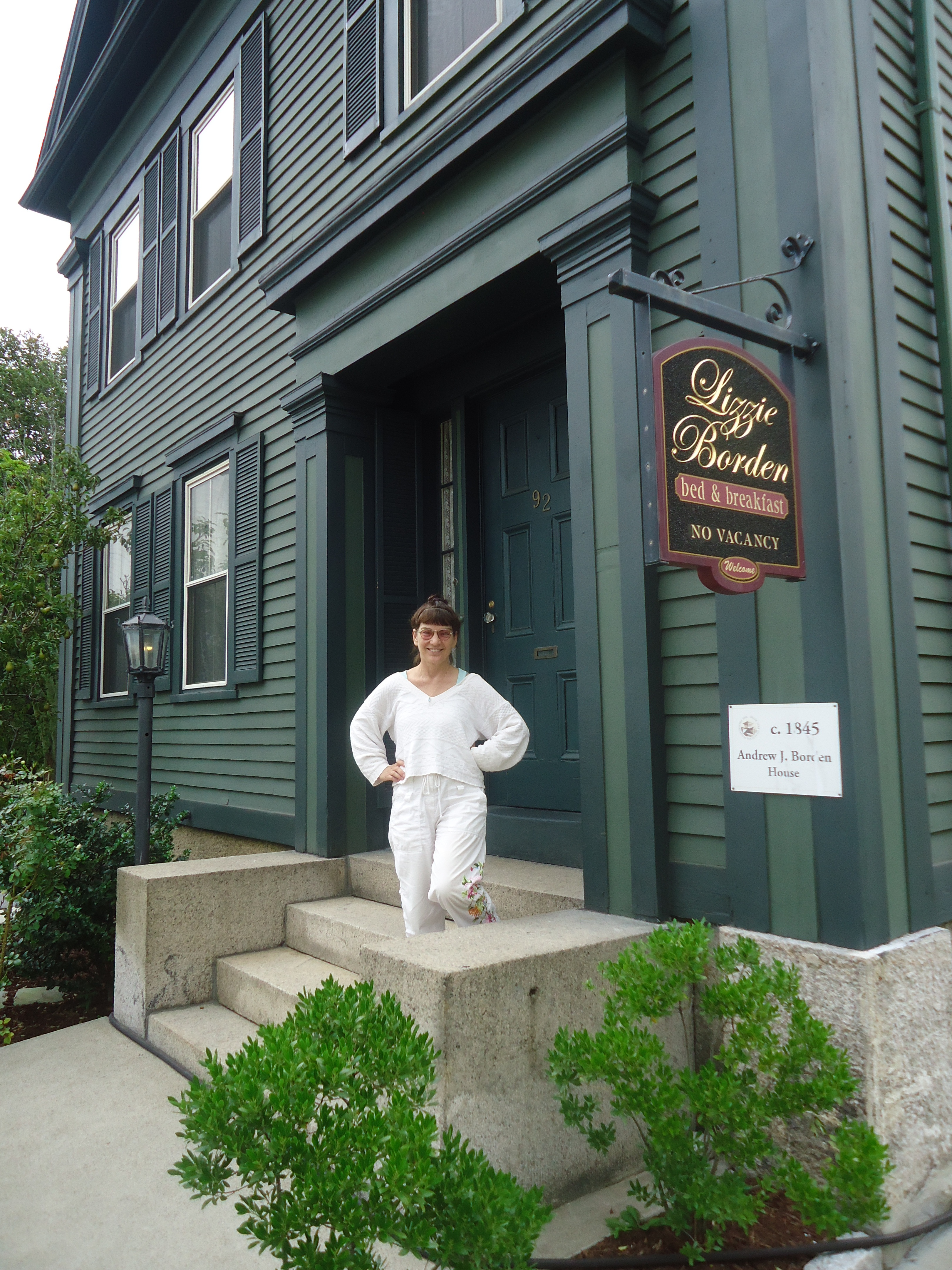 Fall River Historical Society  Lizzie Borden : Warps & Wefts
